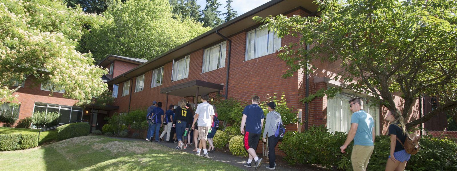 tour warner pacific in dorms