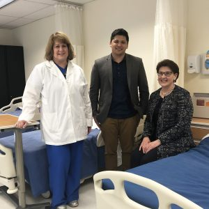 Warner Pacific Dean of Nursing, Dr. Linda Campbell and President Dr. Andrea Cook in the Simulation Lab with Jason Lee from the M.J. Murdock Charitable Trust.